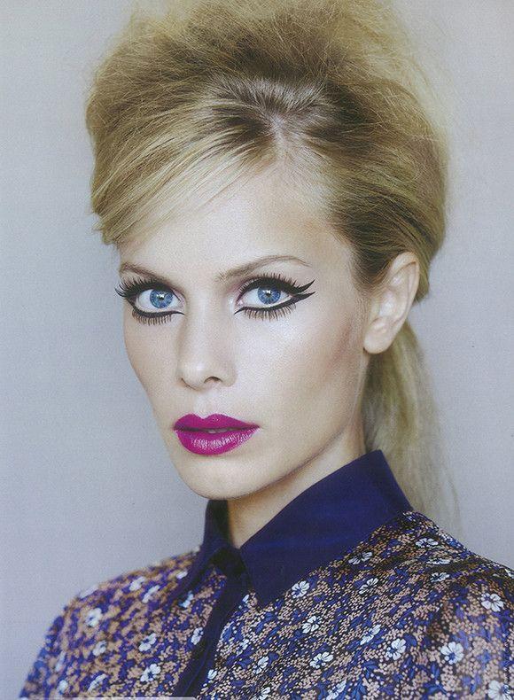 Jana Beller with big bang eyeliner