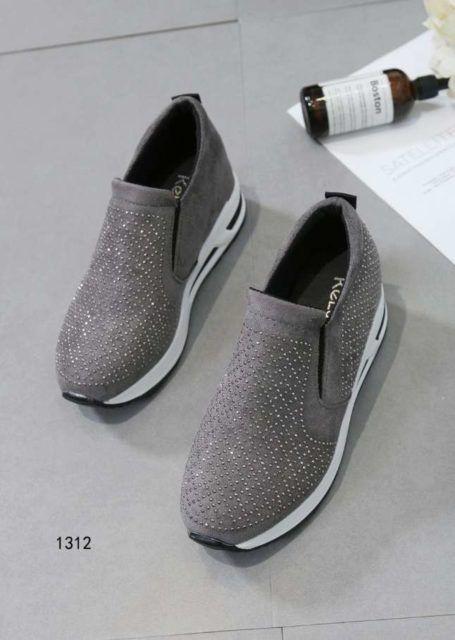 Sepatu Kets Wanita Kelsey Terbaru Model 1312 Trendy (1)  2bb06ec6b3
