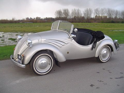 http://only-carz.com/image.php?pic=../data_images/gallery/01/nsu-fiat-500-spyder-sport/nsu-fiat-500-spyder-sport-03.jpg