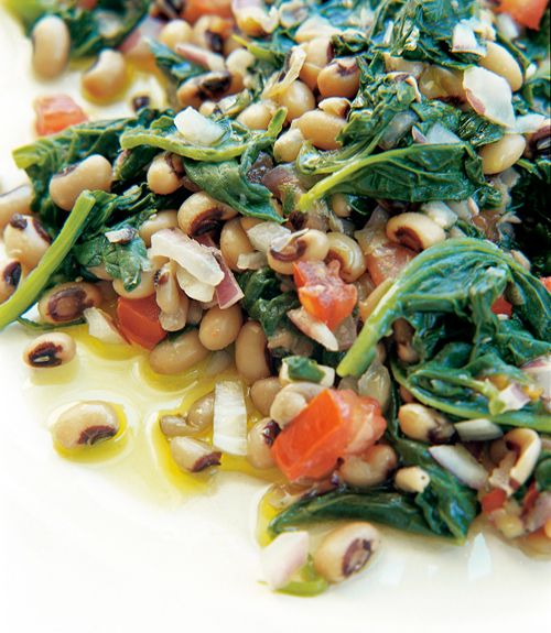 Black-Eyed Peas with Spinach Recipe | Leite's Culinaria