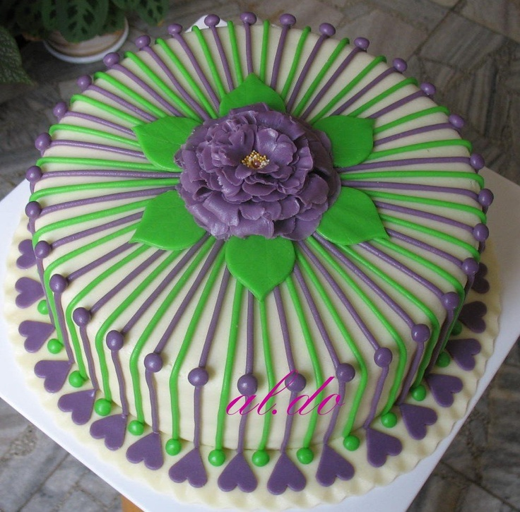 purple and green birthday cakes