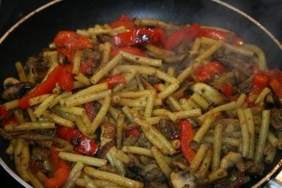 Curry-Nudeln gebraten - Rezept