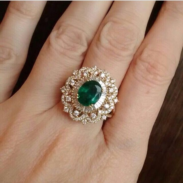 Emerald with diamonds