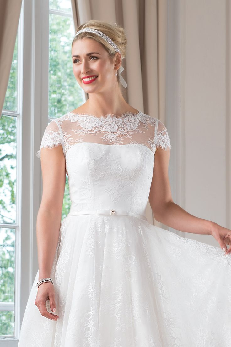 WR20 from the Mylène Sophie bridal collection