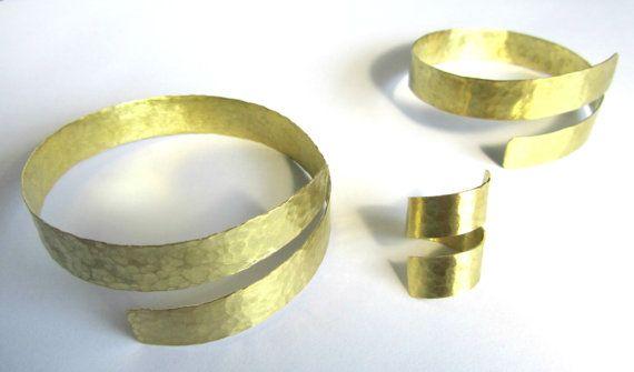 Hand gehamerd sieraden set-Upper arm door PlanetEarthHandmade