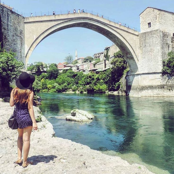 A year ago I arrived in #Mostar for what was to be my home for almost 3 months while I worked as a tour guide and pub crawl leader for a hostel. This was the best experience and i recommend volunteering for anyone wanting to experience a city as a local. If you are heading to mostar this summer head to my blog for posts on what to see, and my fav places to wine, dine and party!