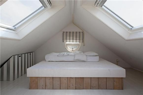 Kleine Slaapkamer Op Zolder op Pinterest - Kleine Zolders, Slaapkamers ...