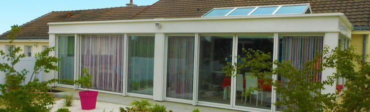 extanxia, véranda concept alu, vue extérieur grande surface blanc avec puits de lumière