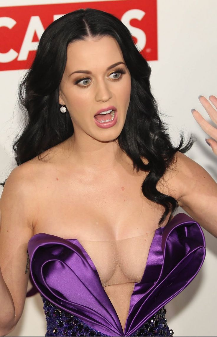 Katy Perry Pregnant With Robert Pattinson's Baby?! | moviepilot.com