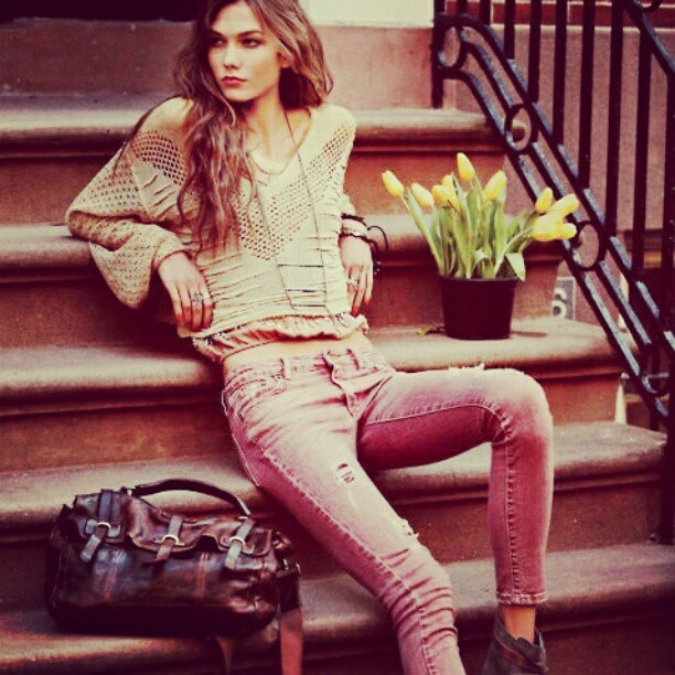 #vintage #pretty #girl #fashion #photoshoot #beautiful #lady #pretty #sweet #flowers #2012 #instagram - @fashi0n_l0va- #webstagram