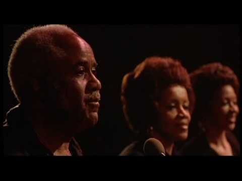 The Band from the Scorcese directed The Last Waltz performing The Weight feat. the Staple Singers