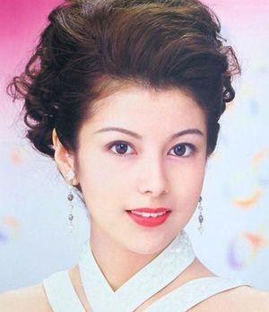 奇跡のアラフィフ...50歳になっても衰えない沢口靖子の美の秘訣 - NAVER まとめ