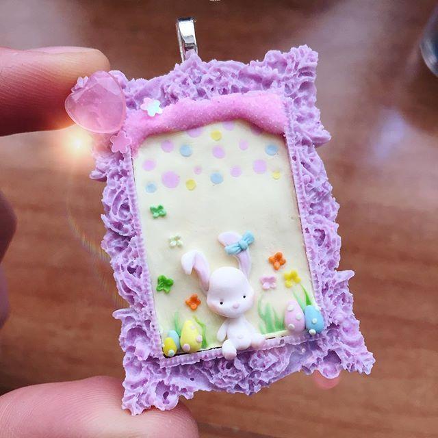 Nuove creazioni ispirate alla Pasqua, primavera e colori pastello.. arriviamo! #clay #handmade #miniature #diy #fimo#fimocreations#fimocharms#fimoclay#fimosoft#resin#cammeo#easter#pasqua#primavera#pastel#colors#polymerclay#polimerclay #bunny#coniglietto#pink#vanilla
