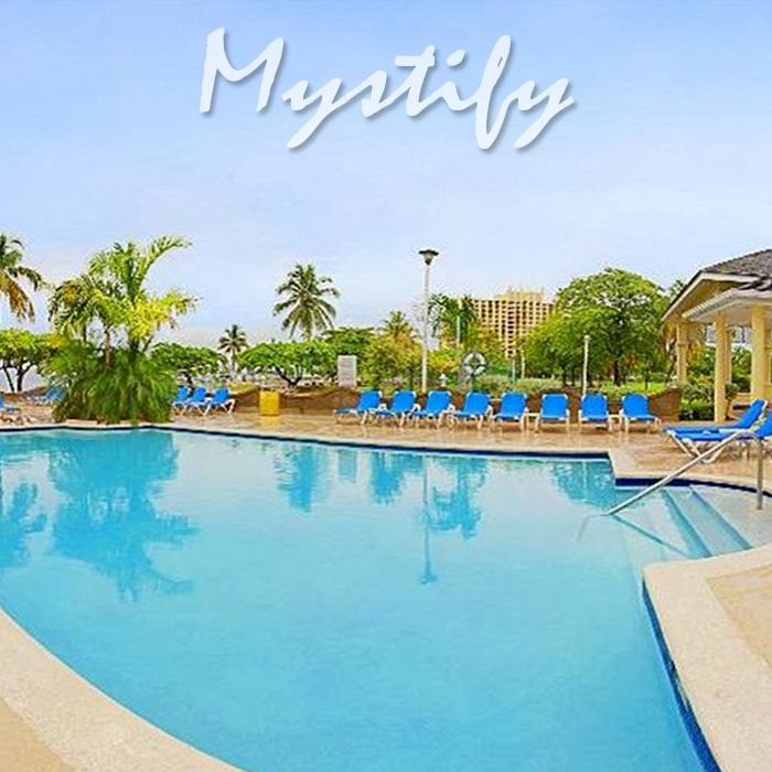 Rooms Ocho Rios is a charming alternative to the more common all inclusive resorts, at a cheap price.   ------------------  #jamaica #vacation #family #fun #kids #resort