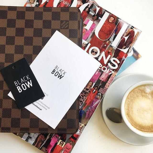 #goodmorning #dziendobry #office #picoftheday #instalike #polish #brand #zakupy #krakow #warszawa #wroclaw ✌🏼️☕️💋