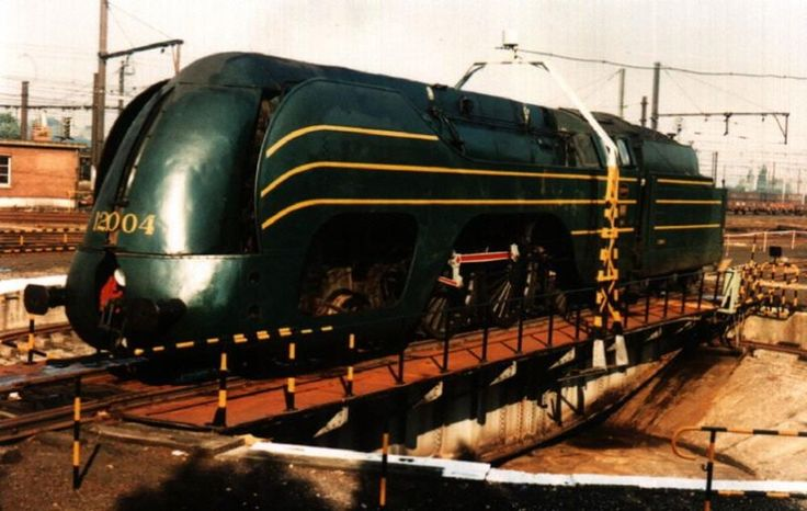 The Largest Wheels On Steam Locos - Steam Train Pictures
