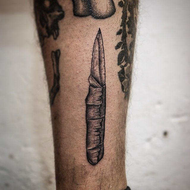 Prison Style Wespon for Piro @akaberlin #akaberlin #tattoo #tattoodesign #weapon #weapontattoo #waffe #waffentattoo #knife #knifetattoo #messer #messertattoo #prisonstyle #blacktattoo #blackink