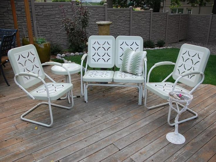 White Vintage Patio Furniture By The Pool Pinterest