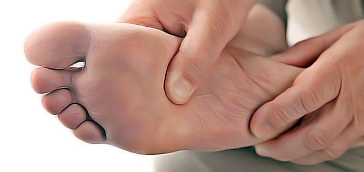 Top 7 des soins des pieds pour les personnes diabétiques. remèdes naturels pour pied diabétique. Pied du diabétique, conseils, hygiène, soin