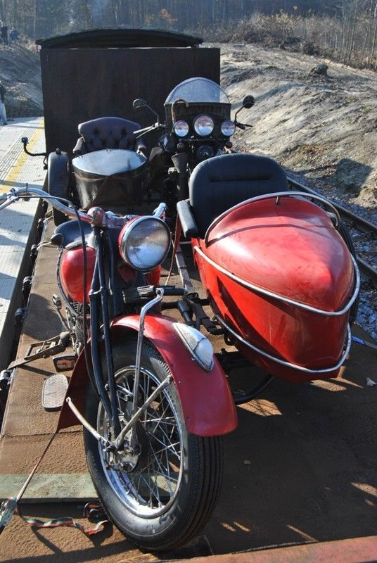 Indian Chief with left side sidecar | Custom Motorcycles For