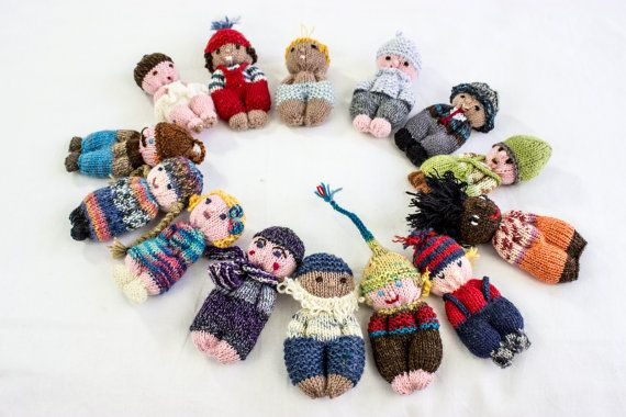 These cute dolls are easy and fun to knit. A great pattern for beginners and children alike. The best part is that you can be really creative and use up any yarn you have laying around. We had fun trying to create dolls to resemble members of the family! Also they make nice presents for children and adults and can be turned into original key rings. The instructions include a chart for a basic doll, step by step instructions, add ons and ideas for accessories.  If you use 4 ply yarn the dolls…