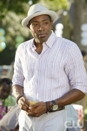 Pictured Cress Williams as Lavon Hayes  in HART OF DIXIE on THE CW. Photo Credit: Greg Gayne/The CW©2011 The CW Network, LLC. All Rights Reserved  Lavon - Best Mayor Ever!!
