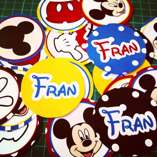 Stickers para el cumple de Fran / Mickey Mouse / Candy Bar y decoración / Cumpleaños infantil / Kids birthday / Party decor / By LAURA&DONNA / Envíos a todo el mundo / We ship worldwide / Contact us lauraydonna@gmail.com