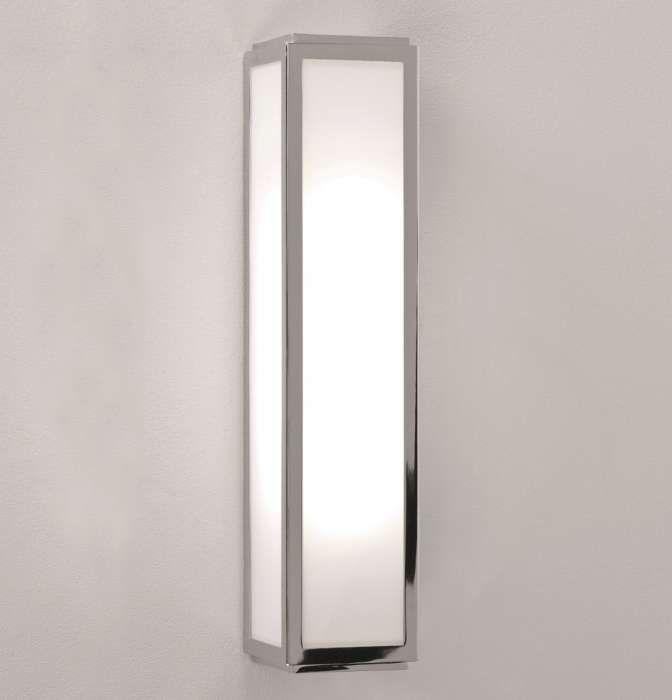 Pin Von Asoka Design Auf Deco Ideen In 2020 Badezimmer Spiegelschrank Mit Beleuchtung Beleuchtung Badezimmerspiegel Beleuchtung