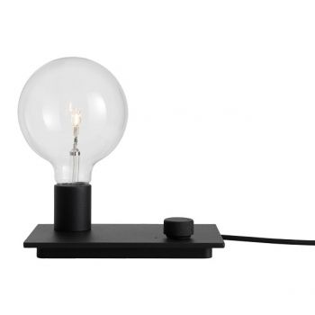Muuto's Control table lamp, black