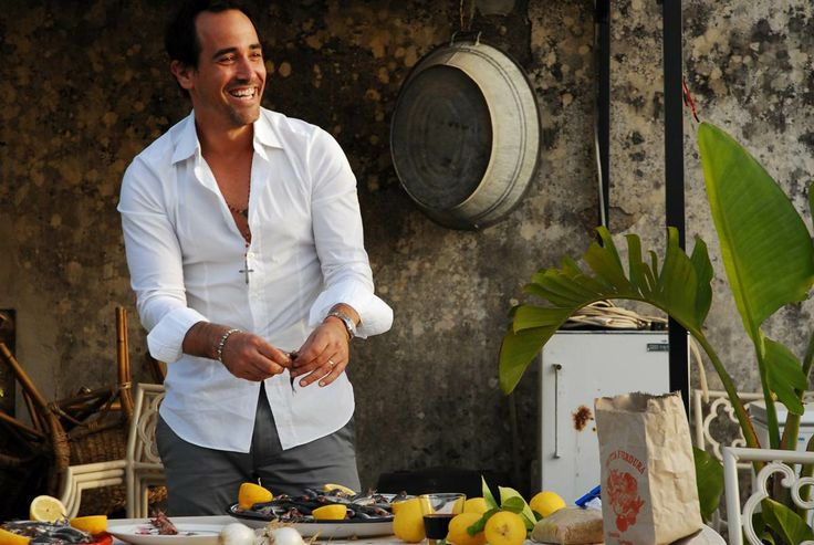 David Rocco is an Italian-Canadian celebrity known for his series David Rocco's Dolce Vita, which aired in over 150 countries, his food and travel blog Avventura: Journey in Italian Cuisine, and his 3 very popular cookbooks including Made in Italy!