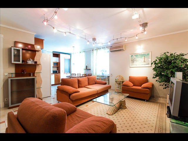 посуточная аренда квартир в Санкт-Петербурге , Подробнее информация здесь http://sutochno888.ru/