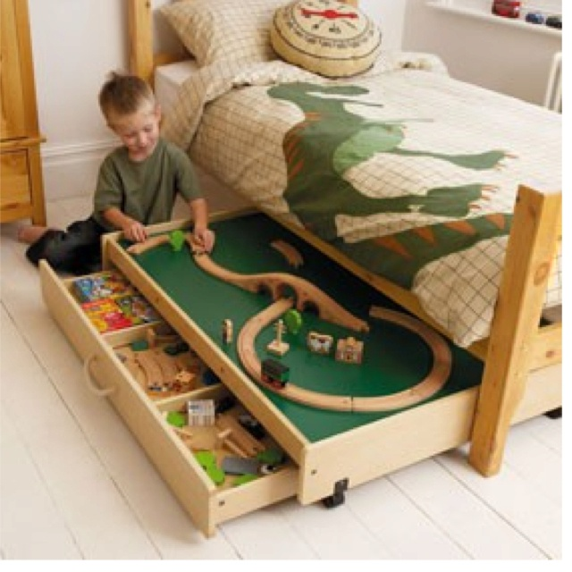 Underbed Playset... why didn't I think of this?