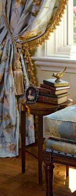 Architecture Decor   Curtains, Fabrics, Pillows & Rugs   Rosamaria G Frangini    Vignette in blue #drapes #curtains