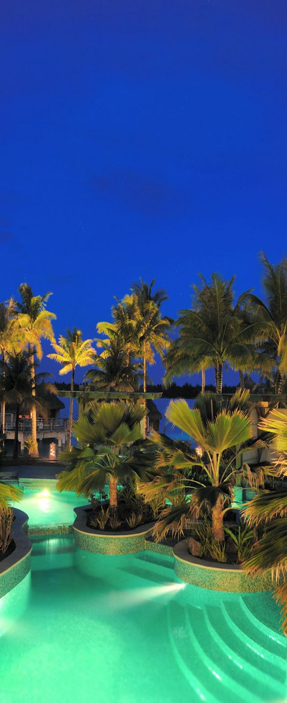 St. Regis...Bora Bora   LOLO