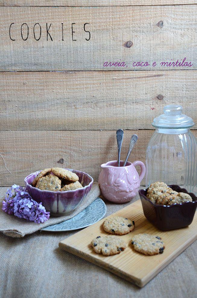 Ananás e Hortelã: Cookies de Aveia, Coco e Mirtilos