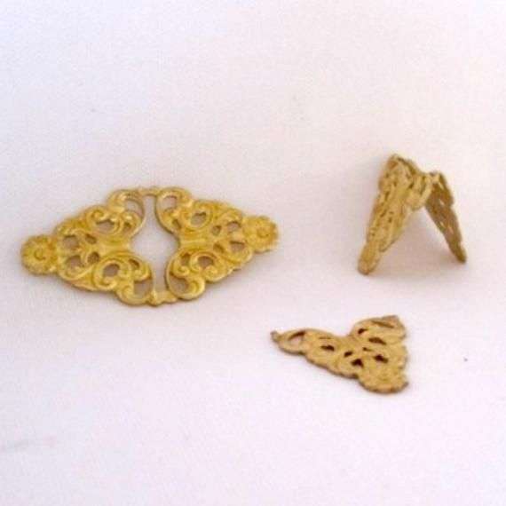 Ful 5698 Raw Brass Filigree Dainty Bows Stamping Set of 4