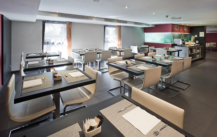 Este es el comedor donde disfrutarás de tus desayunos, comidas o cenas. http://www.ilunionalmirante.com/
