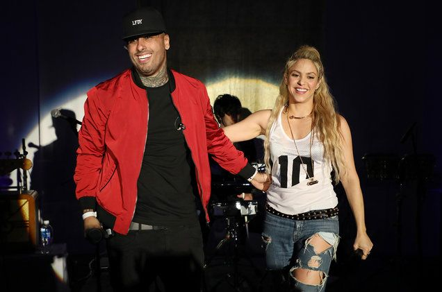 See Shakira & Nicky Jam Creating 'Perro Fiel' Through Instagram Posts   Billboard