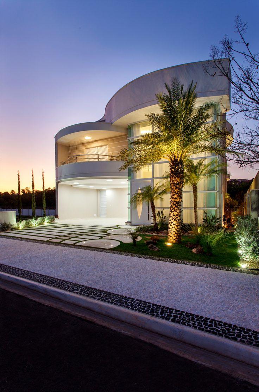 Casa sobrado fachada moderna terreno 12x30 cal ada for Fachada de casas modernas