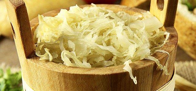 A savanyú káposzta úgynevezett fermentált étek, amihihetetlenpozitív hatással bír, amiről kevesen tudnak. Ilyenkor, hideg időben jóvalhatékonyabb lehet, mint a bolti vitamin. Hozzávalók 5 l-es ü…