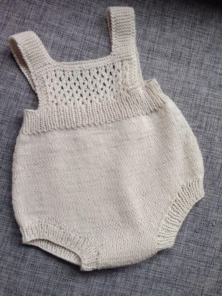 Sandnes garn, søte små, bomull 1507, design 1 romper, strikket i tynn merinoull fra sandnes