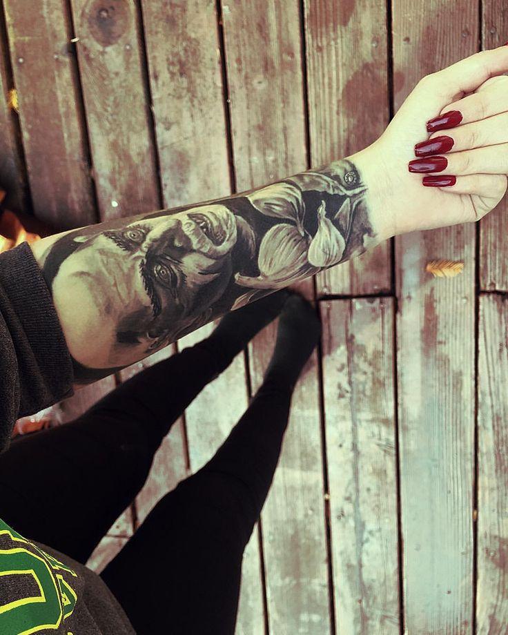 Instagramer RinReaper's nosferatu tattoo