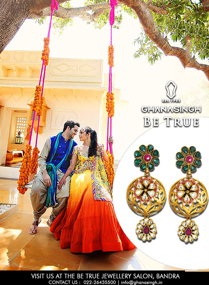 Picture saying your vows a topan enchanting Palace in Rajasthan, a #DreamWeddingDestination that delivers a unique royal charm.Add to the event the majestic beauty of this gorgeous #22KtBridalNecklaceSet.