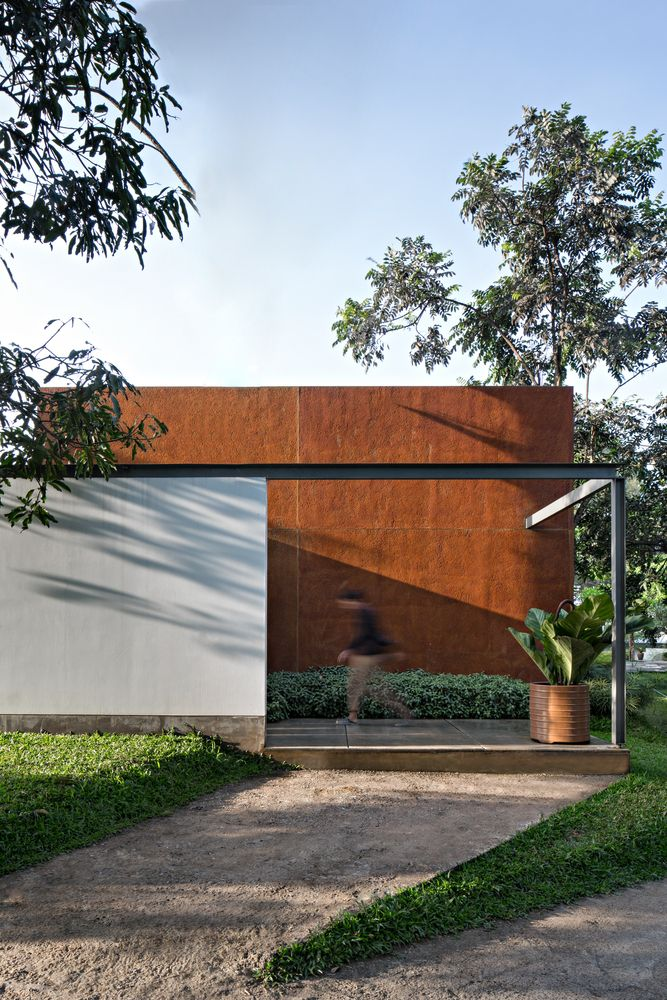 Gallery of BRG House / Tan Tik Lam Architects - 4