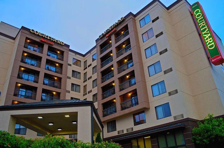 $290 CAD per night Courtyard By Marriott Vanderbilt-West End, Nashville