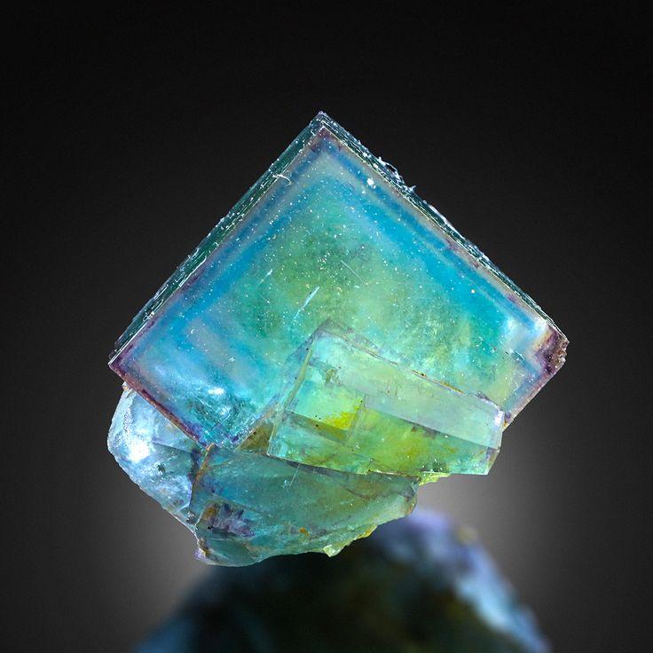 Fluorite - Valzergues, Aveyron, Midi-Pyrénées, France Size: 3.5 × 3.0 × 3.0 cm