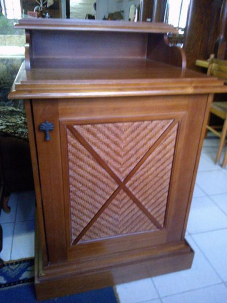 Wood and Ratten side table   Bluff   Gumtree South Africa