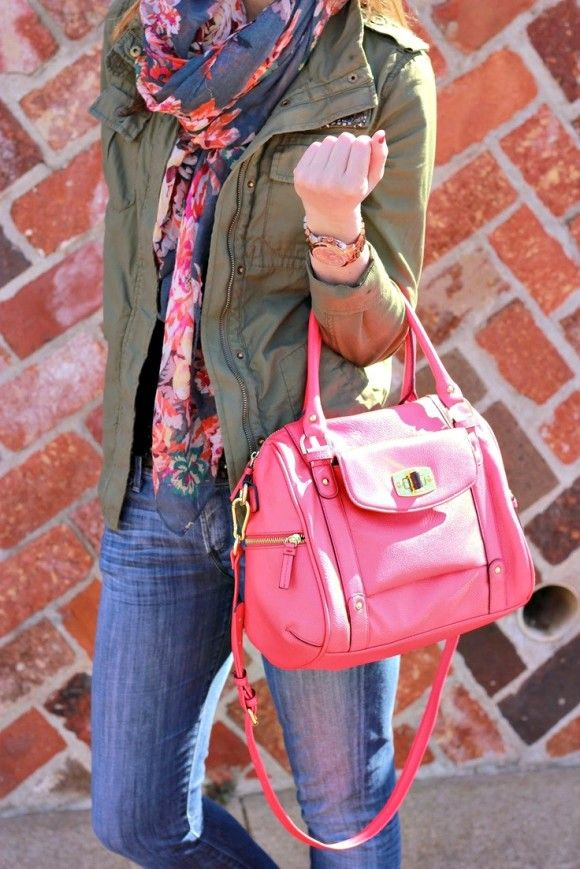 Jeans, khaki jacket, pinky floral scarf, pink tote. DONE :) I have copied.