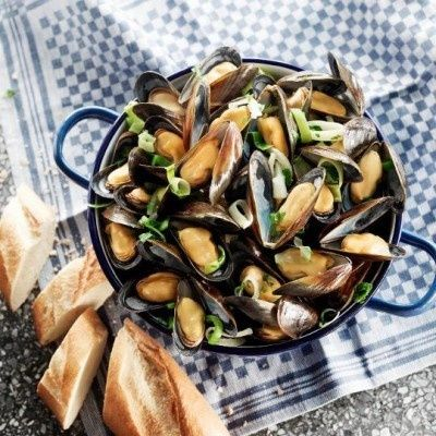 Klassiek gekookte mosselen recept - Vis - Eten Gerechten - Recepten Vandaag