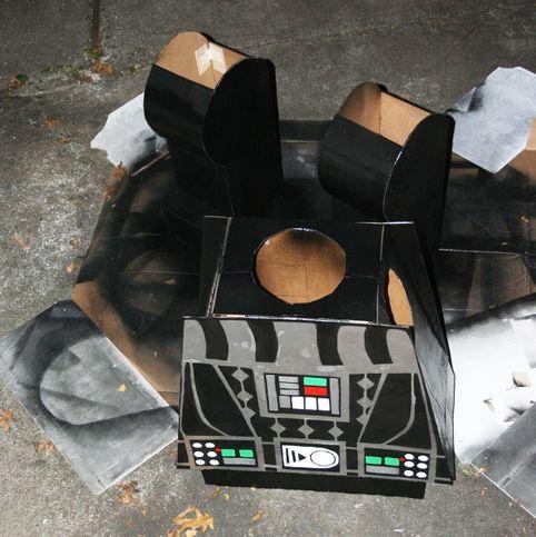 DIY -DISFRAZ Darth Vader LEGO DE CARTÓN RECICLADO – OBJECTBIS – DISEÑO ECOLÓGICO CREATIVO